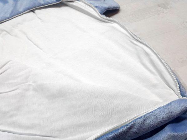 Конверт с ушками утеплённый голубой в развороте