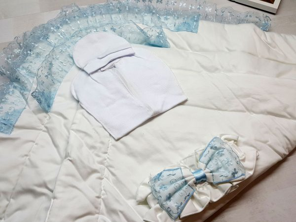Одеяло с фиксатором голубое 2