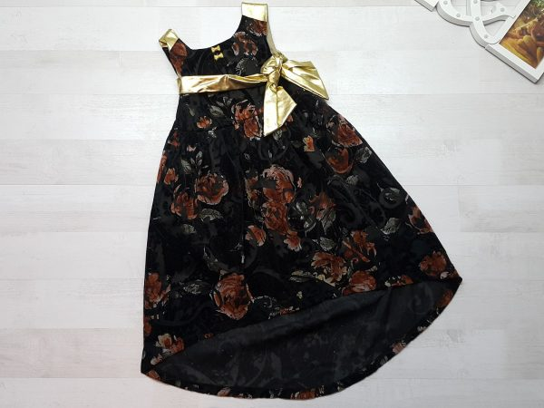 Платье детское со шлейфом