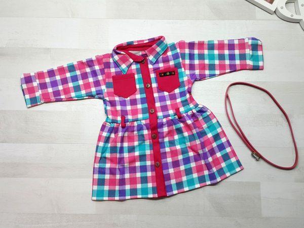 Платье-халат в клетку с поясом розовое