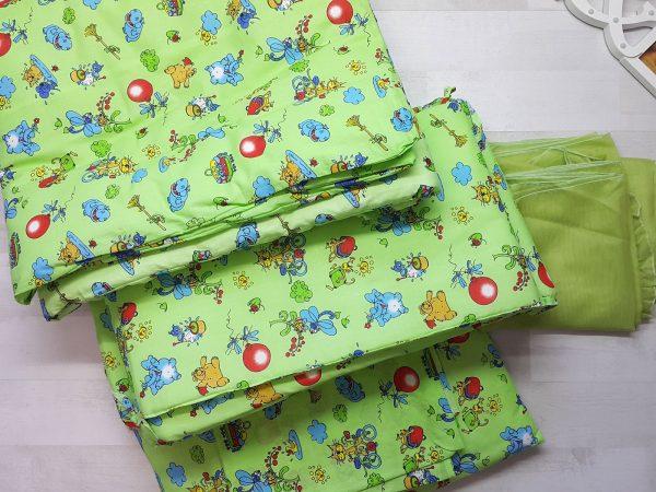 Набор в кроватку зеленый с шариками
