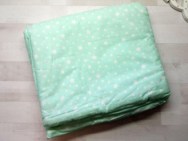 Набор в кроватку зеленый со звездами 1